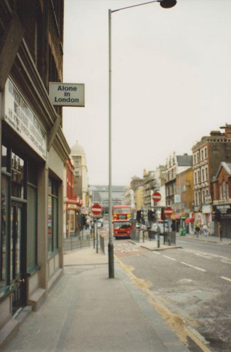 alone_in_london